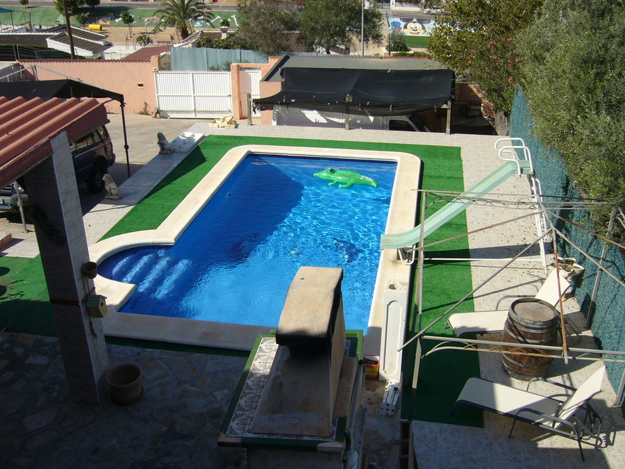 F0527: Villa for sale in Los Balcones , Alicante