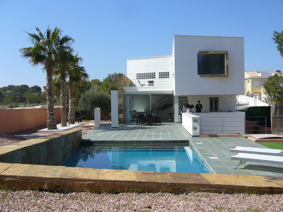 F0592: Villa for sale in Campoamor , Alicante