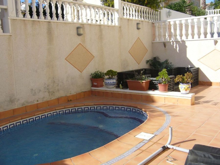 F0652: Villa for sale in Villamartin, Alicante