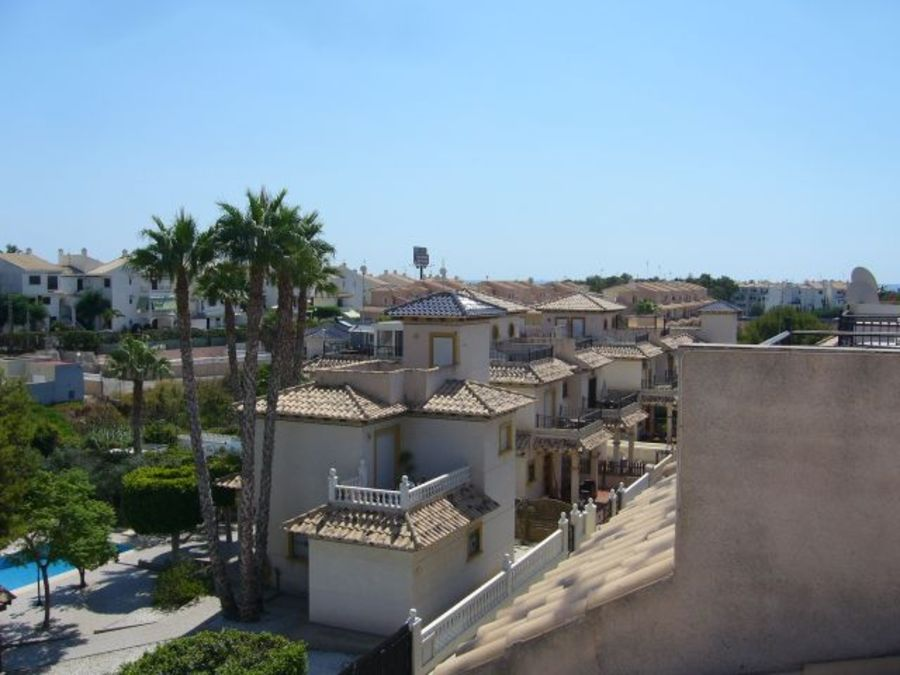 F0675: Quad House for sale in Playa Flamenca , Alicante