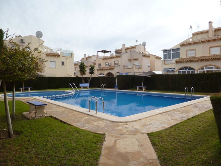 RE695: Townhouse for sale in Playa Flamenca , Alicante