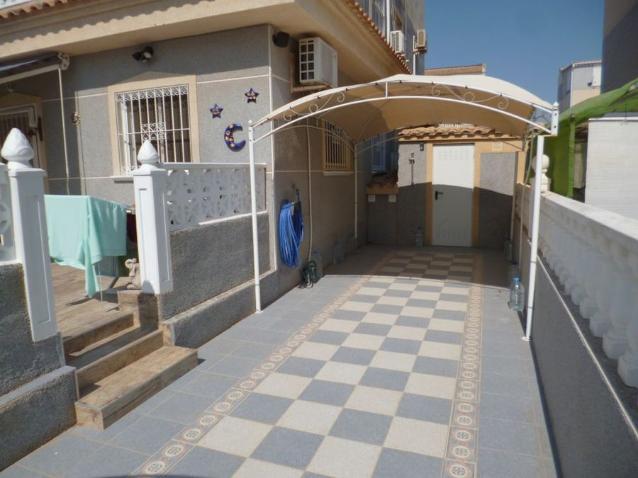 F0734: Quad House for sale in Playa Flamenca , Alicante