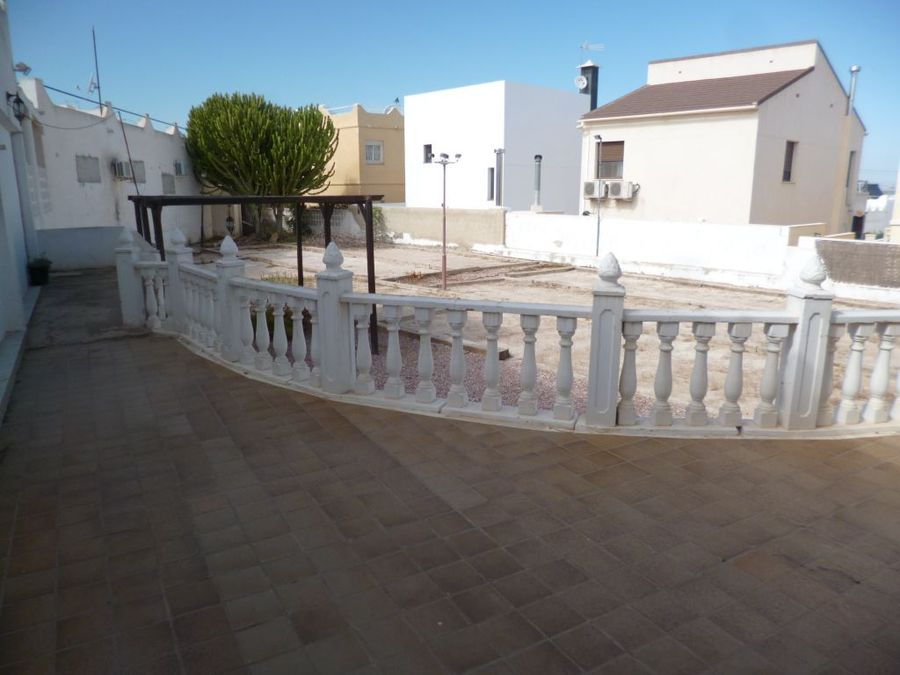 F0740: Commercial for sale in San Miguel , Alicante