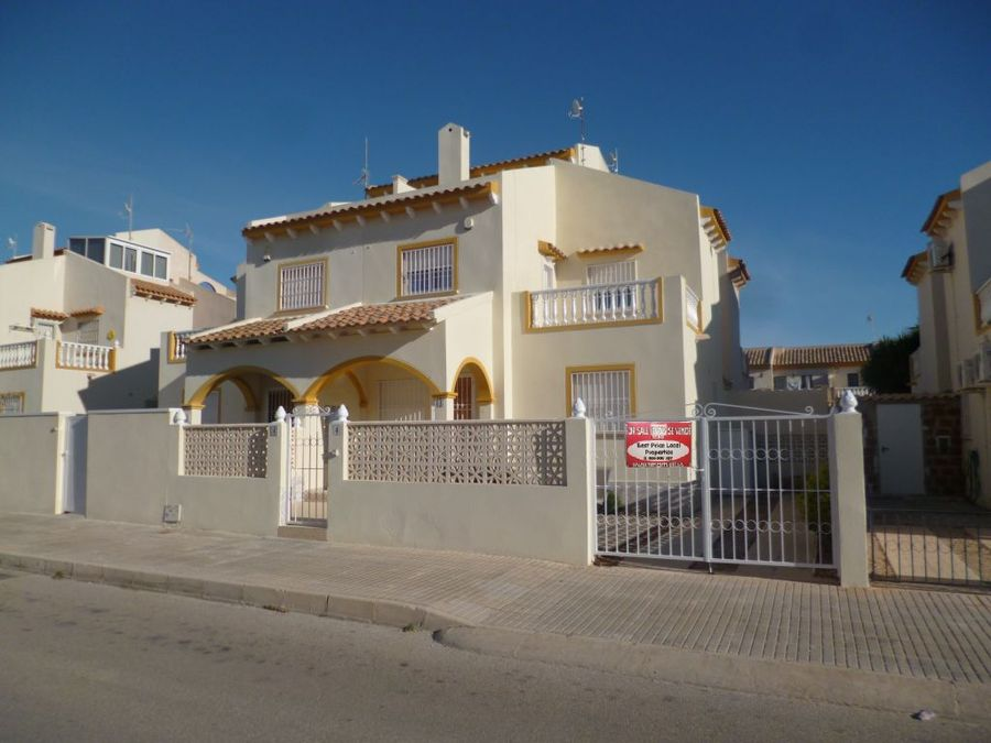 F1008: Quad House for sale in Playa Flamenca , Alicante