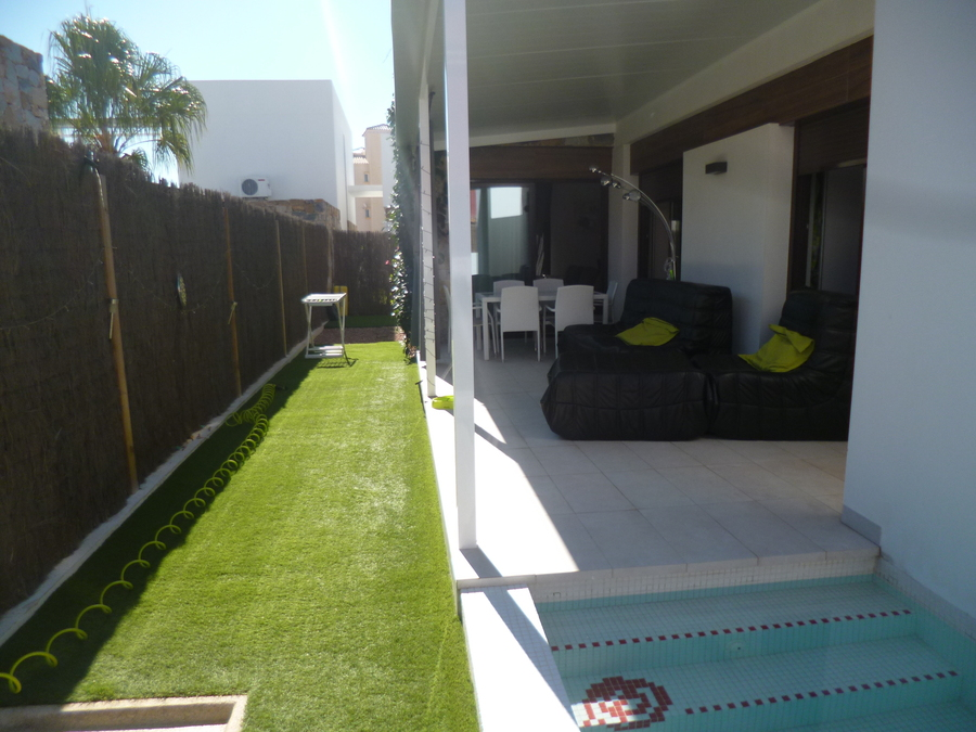Ref:R-30640 Villa For Sale in Cabo Roig