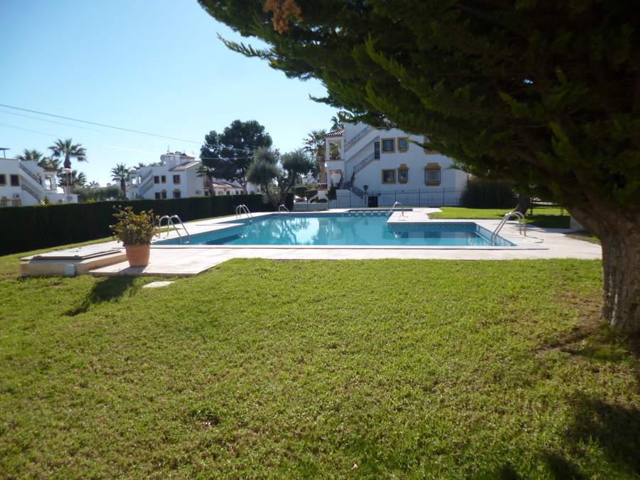 F1035: Apartment for sale in Villamartin, Alicante