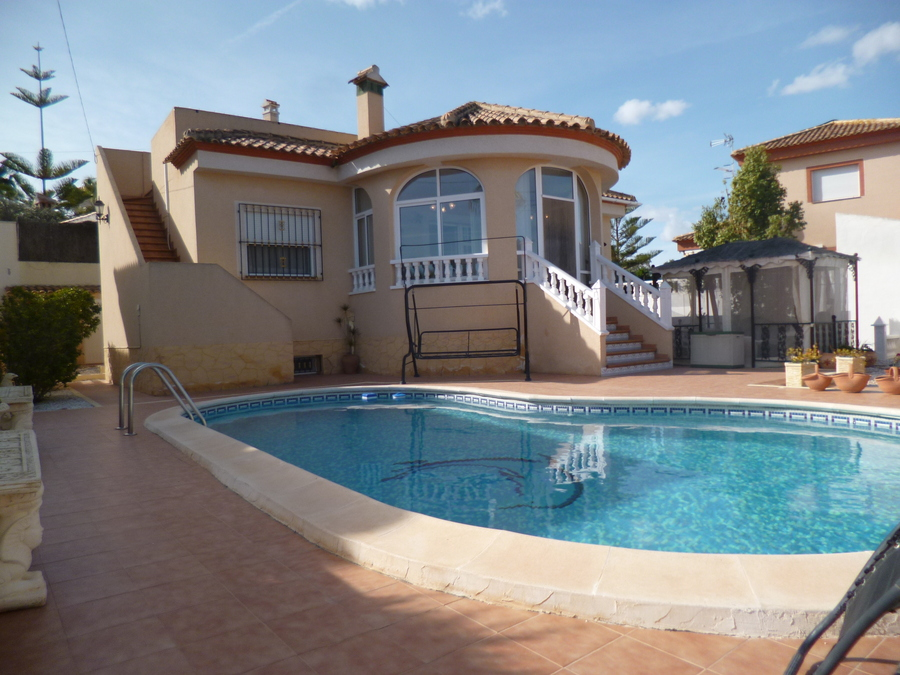 Ref:R-84527 Villa For Sale in San Miguel de Salinas