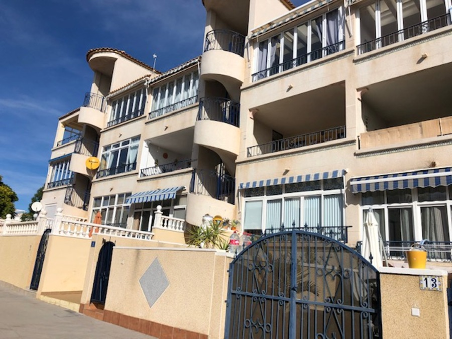 MS395: Apartment for sale in Punta Prima , Alicante