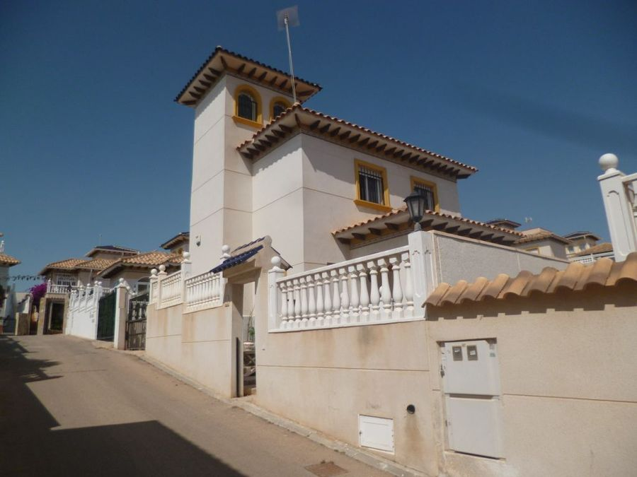 Ref:R-90390 Villa For Sale in Playa Flamenca